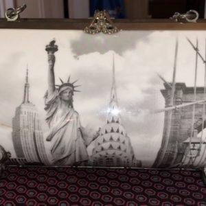 NY Skyline Purse/Shoulder Bag